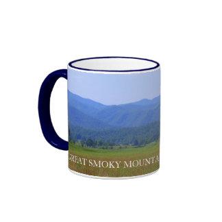 Descripción de Great Smoky Mountains - ensenada de Taza A Dos Colores