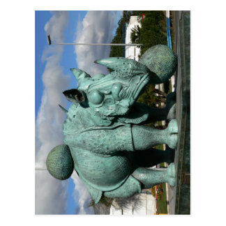Description : Rhinoceros Subject : Sculpture Name  Postcard