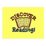 Descubra las camisetas y los regalos de la lectura postal
