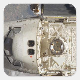 Descubrimiento 12 del transbordador espacial pegatina cuadrada