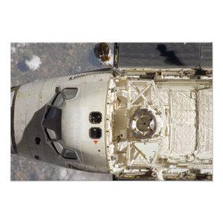 Descubrimiento 2 del transbordador espacial fotografía