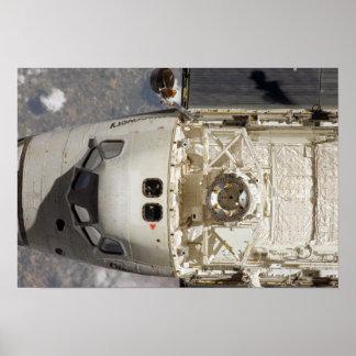 Descubrimiento 2 del transbordador espacial póster