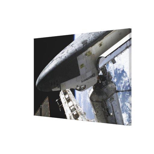 Descubrimiento del transbordador espacial atracado impresiones en lona estiradas