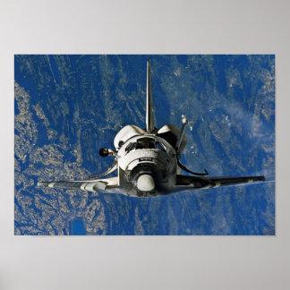 Descubrimiento del transbordador espacial que se póster