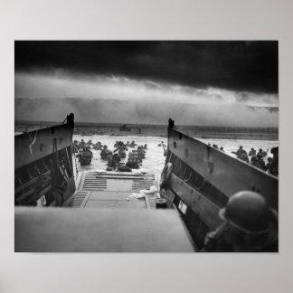 Desembarco por playa de Omaha -- Invasión de Póster