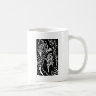 Deseos de la serpiente invertidos taza