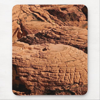 DESERT ROCK FORMATIONS, EROSION AT PLAY MOUSE PAD