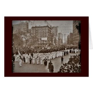 Desfile 1912 del sufragio de las mujeres tarjeta de felicitación