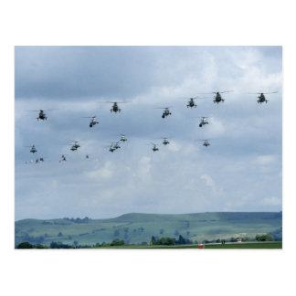 Desfile de aviones del helicóptero tarjeta postal