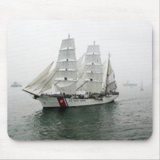 Desfile de la navegación de USCG Tapete De Ratones