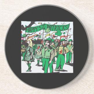 Desfile del día del St Patricks Posavaso Para Bebida
