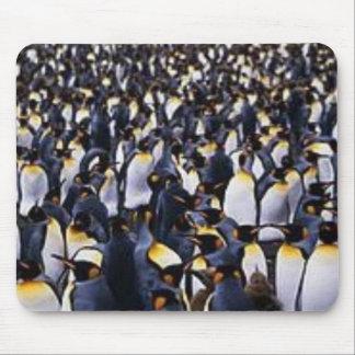 Desfile del pingüino alfombrilla de raton