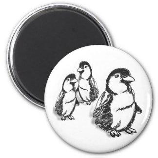 Desfile del pingüino imán redondo 5 cm
