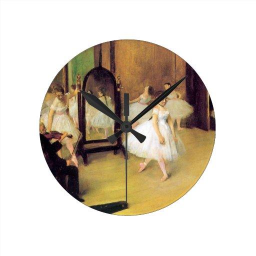 Desgasifique a los bailarines de ballet reloj redondo mediano