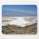 Desierto Death Valley de los planos de la sal de Alfombrilla De Raton