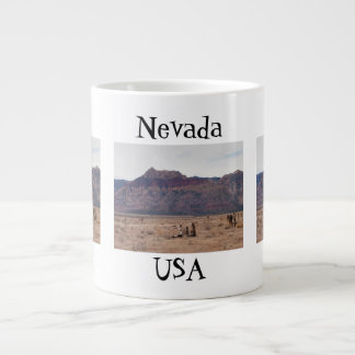Desierto rojo de la roca; Recuerdo de Nevada Taza Grande