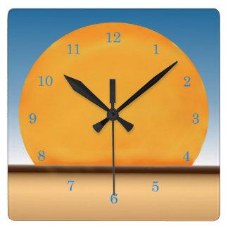Desierto Sun Reloj Cuadrado