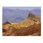 Desiertos de Death Valley del punto de Zabriskie Postal