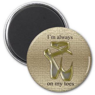 Deslizadores del ballet del oro y de la plata en l imán redondo 5 cm