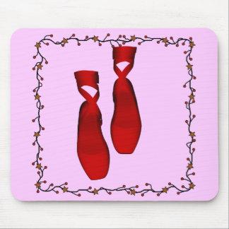 Deslizadores rojos del ballet alfombrilla de raton