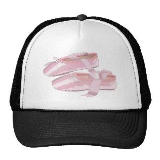 Deslizadores rosados de los zapatos de ballet gorras de camionero