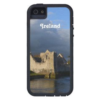 Desmond Castle in Adare Ireland iPhone SE/5/5s Case