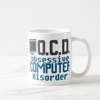 Desorden obsesivo del ordenador taza