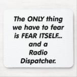 despachador de radio del miedo alfombrillas de ratones