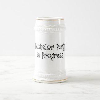 Despedida de soltero 2 en curso jarra de cerveza