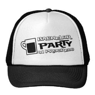 Despedida de soltero de la cerveza en curso gorras de camionero