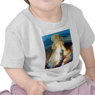Despegue del vehículo de espacio de Apolo 11 Camisetas