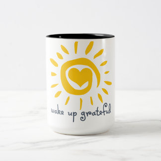 Despierte agradecido taza de café de dos colores