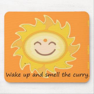 Despierte y huela el curry alfombrilla de ratón