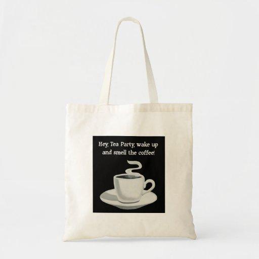 Despierte y huela la bolsa de asas del café