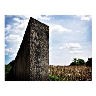 Desplace por Richard Serra Postales
