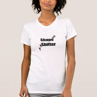 Desplazador de la forma t shirts