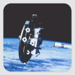 Despliegue de un satélite pegatina cuadrada