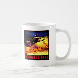 Desplome 1947 del UFO de Roswell Tazas De Café