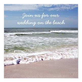 """Desplome de las ondas en la playa de Sandy Invitación 5.25"""" X 5.25"""""""