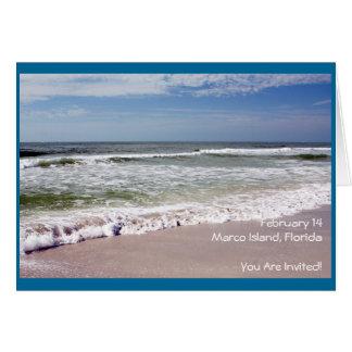 Desplome de las ondas en la playa de Sandy Tarjeta De Felicitación