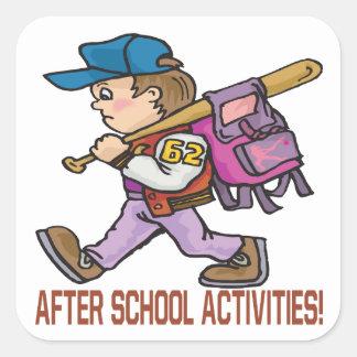 Después de actividades de escuela pegatina cuadrada