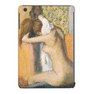 Después del baño, mujer que se seca el cuello, fundas de iPad mini