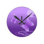 Destino hermoso del amor de los animales púrpuras  reloj