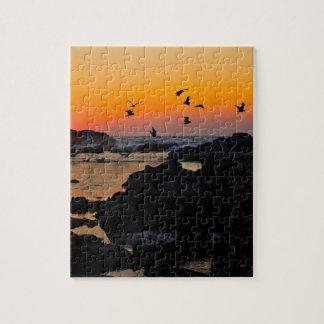 Destino tropical de la palma de la puesta del sol  puzzles con fotos