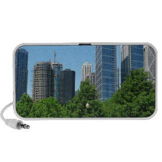 Destino ventoso de los edificios del parque de la  laptop altavoz