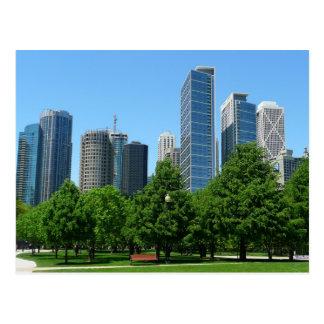 Destino ventoso de los edificios del parque de la  postales
