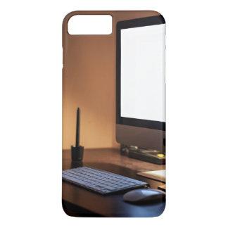 Destornillador temático, una imagen que contiene funda iPhone 7 plus