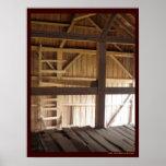 Desván de la escalera y foto rural de los graneros posters