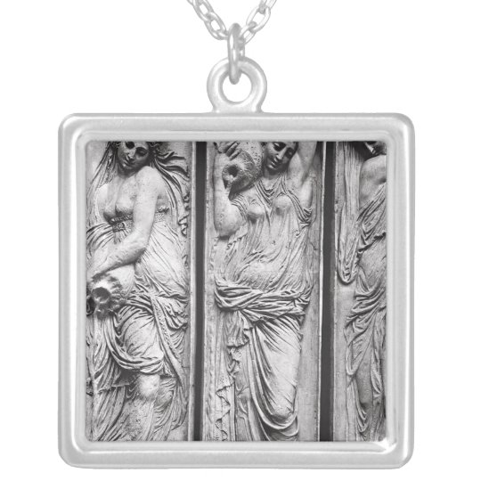 Detail of reliefs silver plated necklace