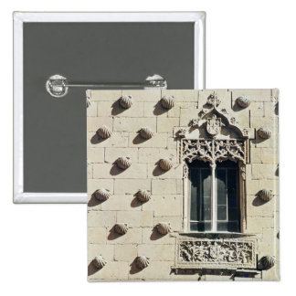 Detail of the exterior of the Casa de la Conchas Button